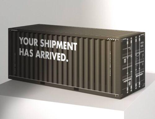 C'est normal: zeecontainer verpakking van golfkarton